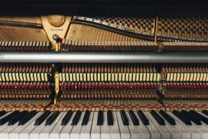 mechanism inside of a piano