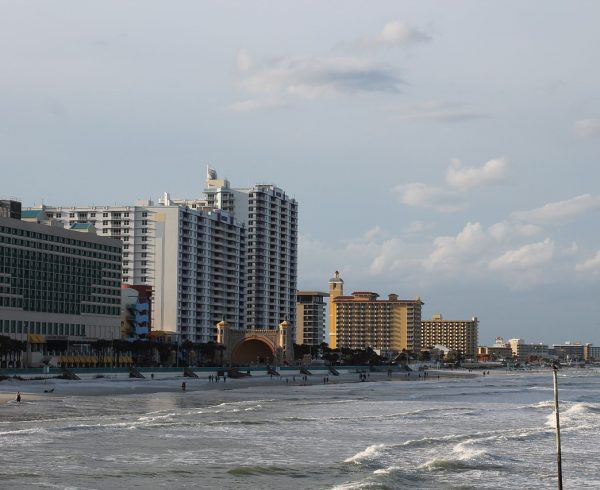 A view of Daytona Beach which is one of the best beach towns for retirement.