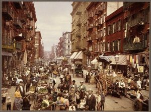 Busy NY street in the 1920s.